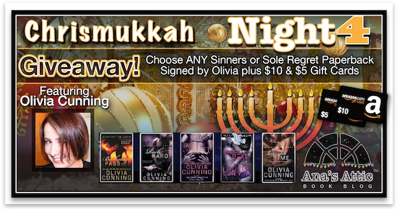 Chrismukkah 2014 Night 4 Favorite Things with Olivia Cunning